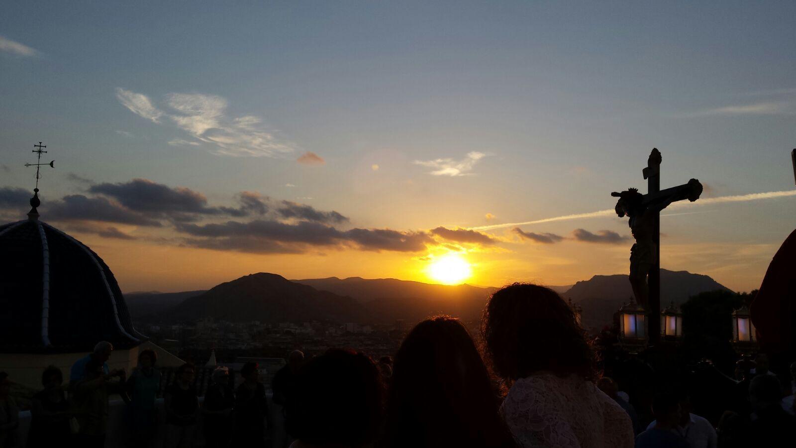 elcristo-fotografias-2016-via-crucis-50-anv-parroquia-santa-cruz-2016-09-11-adrian-romero